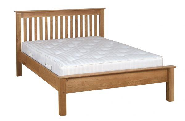 Bryer Oak5' King Size Bed