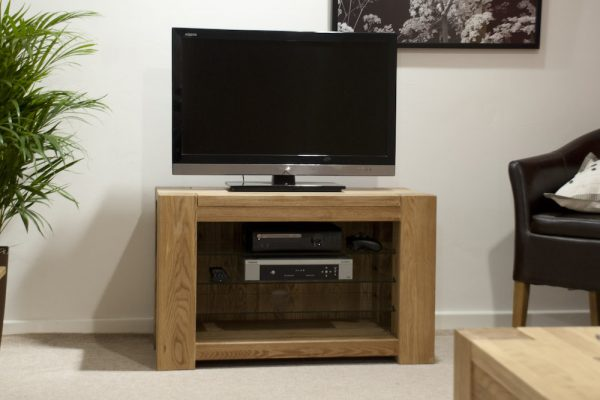 Rhino Oak Small TV Unit