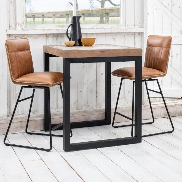 Bar Tables & Stools